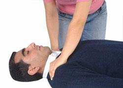 Sarsıntı: hastaya yardım etmek için ne yapmalı